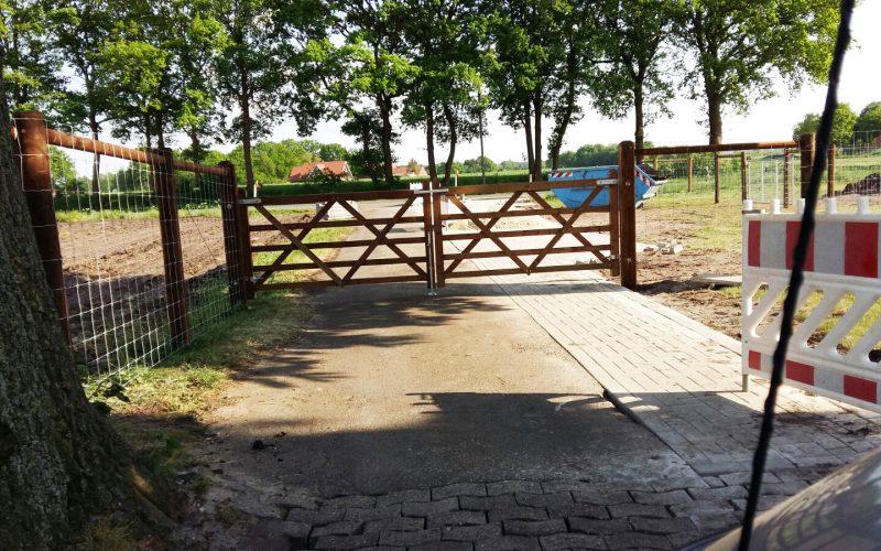 Neuer Zaun